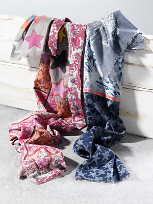 LIEBLINGSSTÜCK - Schal mit Sternen- und Fantasie-Prints